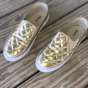 😍SALE Quilted Gold Slip On Sneakers Women's 10